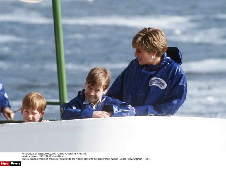 Diana, William et Harry en voyage au Canada en 1991