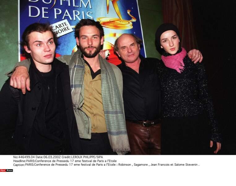 Jean-François Stevenin et ses trois enfants, acteurs aussi: Robinson, Sagamore et Salomé