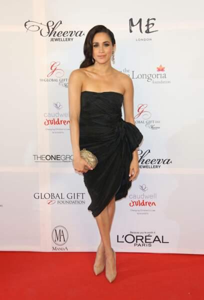 """Meghan Markle à la soirée de gala """"Global Gift"""" a Londres le 19 novembre 2013"""