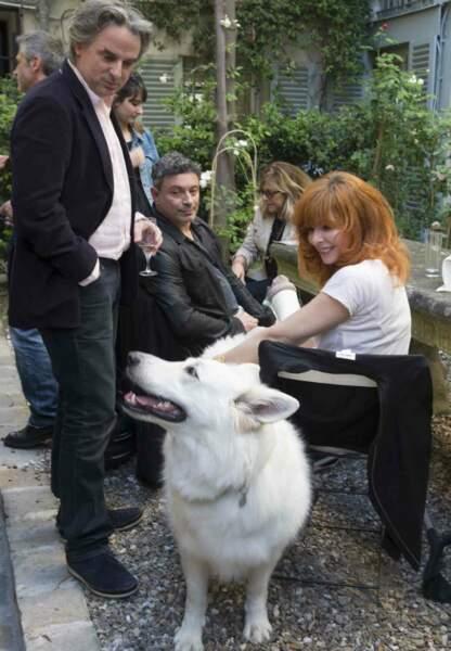 L'écrivain Jean-Christophe Grangé, le chorégraphe Christophe Danchaud, Mylène Farmer et sa chienne Liloup
