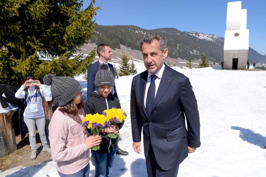 L'initiative de Nicolas Sarkozy devrait plaire à Carla Bruni, qui aime beaucoup sa petite barbe