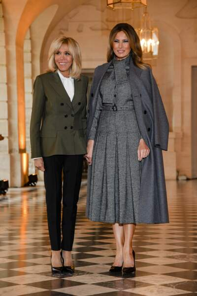 Les deux Premières Dames Brigitte Macron et Melania Trump excellent dans l'art de l'escarpin, chic et sobre.