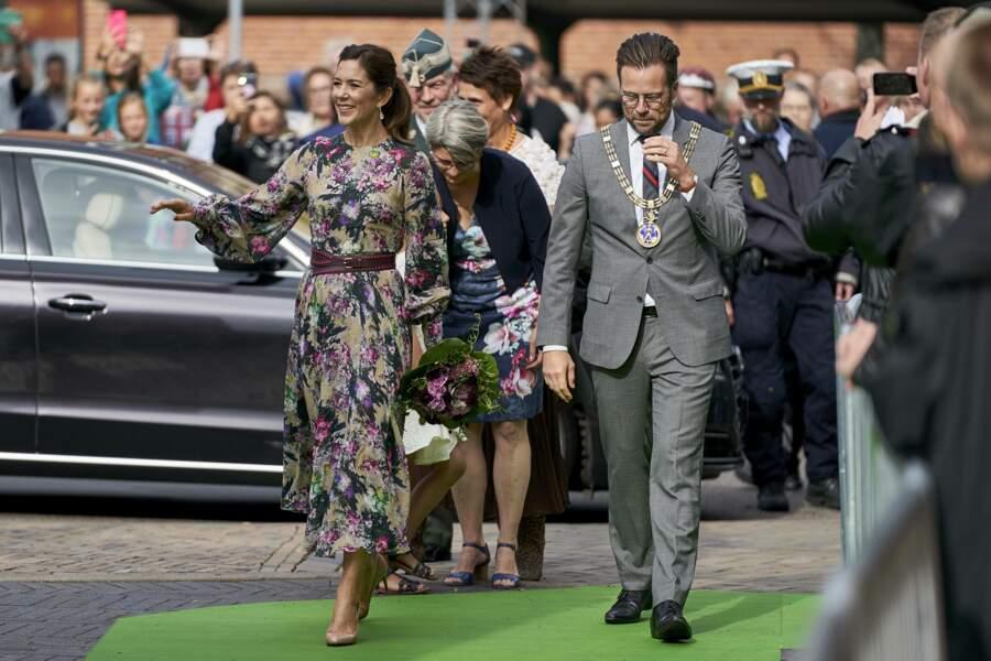 La princesse Mary de Danemark arrivant au festival des fleurs à Odense, au Danemark, le 15 août 2019