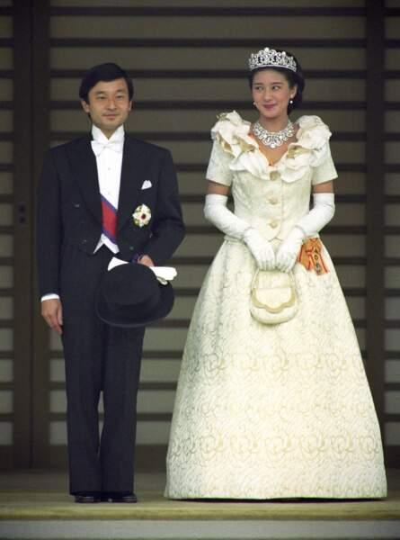 Le prince Naruhito and la princess Masako lors de leur mariage à Tokyo le 9 juin 1993