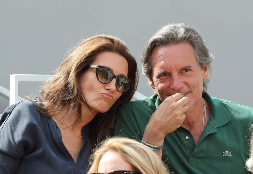 Anne-Claire Coudray et son mari Nicolas Vix, amoureux et intimes, à Roland Garros, le 3 juin 2019.