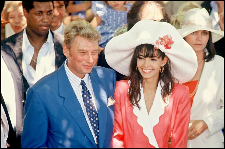 Johnny Hallyday et Adeline Blondieau lors de leur mariage à Ramatuelle le 9 juillet 1990