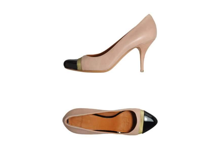 Givenchy – Escarpins – 215€