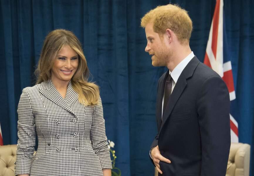 Melania Trump et le prince Harry ont devisé quelques minutes hier après-midi en marge des Invictus Games.