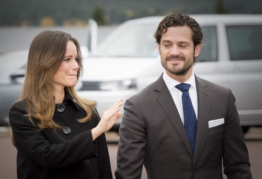 La princesse Sofia très émue lors de son retour dans sa ville natale accompagnée de Carl Philip, le 6 octobre 2015