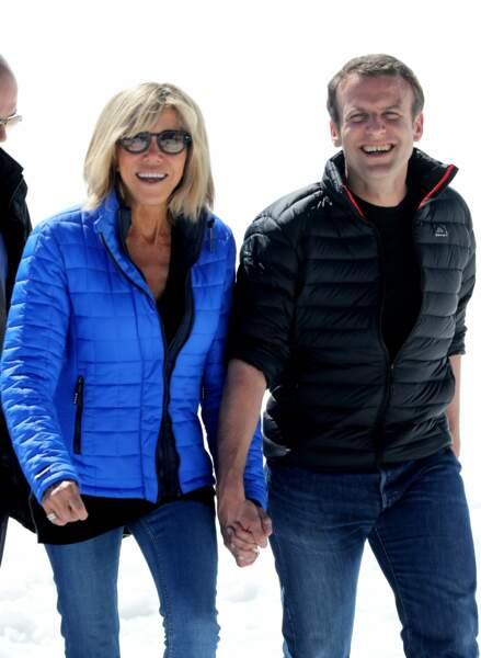 C'est un retour aux sources pour Emmanuel Macron, candidat à la présidentielle, avec sa femme Brigitte (12/04/2017)