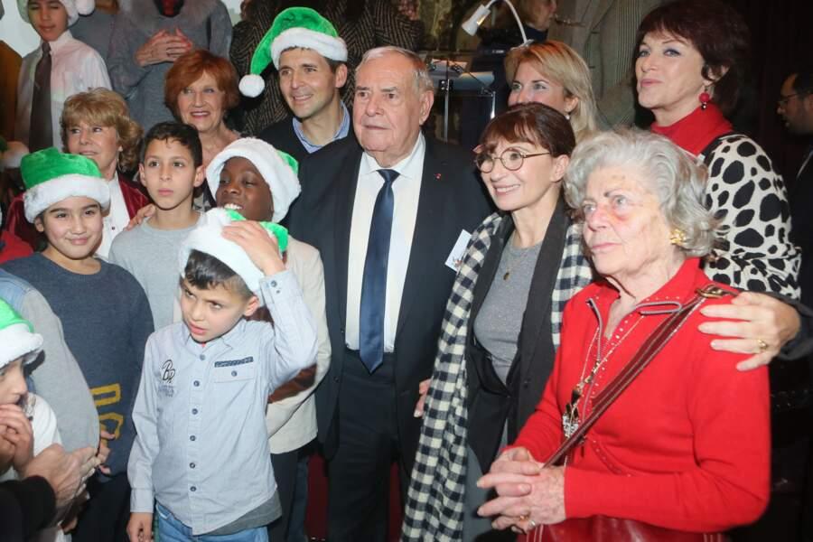 Thomas Sotto, Julien Lauprête (le président du Secours Populaire), Ariane Ascaride et Anny Duperey.