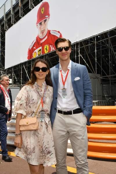 Les deux tourtereaux ont visité les paddocks lors des essais du Grand prix de Formule 1
