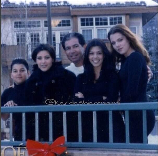 Divorcé de Kris en 1991, Robert est resté un papa attentionné et présent pour Kourtney, Kim, Khloé et Robert junior