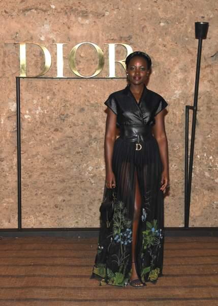 Lupita Nyong'o mixe cuir et tulle avec ce look chic pour le défilé Croisière 2020 Dior à Marrakech