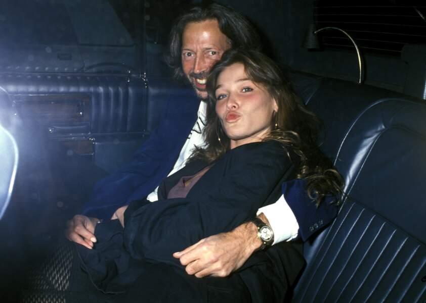 Avec Eric Clapton à New York en 1989, son style encore juvénile et mutin rappelle une certaine Bella Hadid