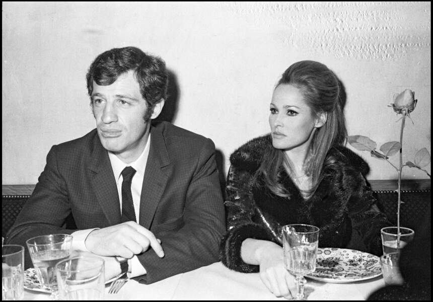 Jean-Paul Belmondo et Ursula Andress en 1967