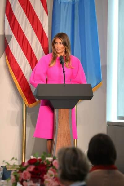 Melania Trump en robe rose fuchsia Delpozo, le 20 septembre 2017 aux Nations Unies à New York