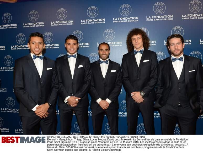 Marquinhos, Thiago Silva, Lucas Moura, David Luiz et Maxwell (en Hugo Boss)