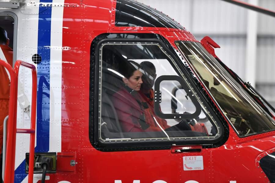 Kate Middleton n'a pas hésité à monter à bord d'un hélicoptère