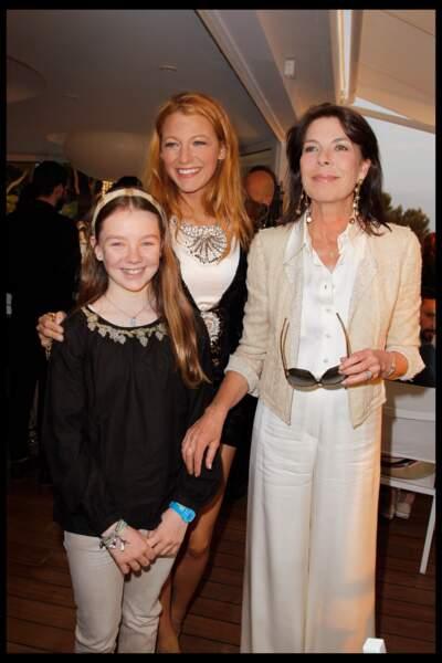 La princesse Alexandra de Hanovre, sa mère Caroline et Blake Lively, le 9 mai 2011