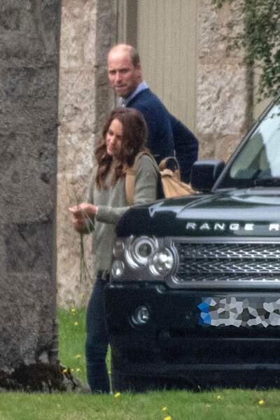Kate et William en tenues décontractées se rendaient le 23 août à un déjeuner privé