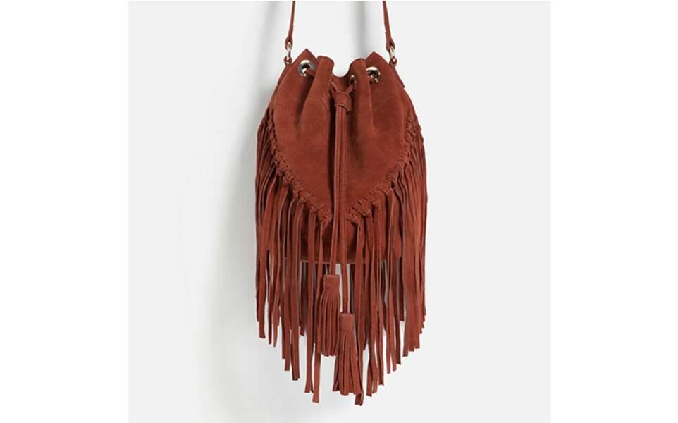 Sac seau en cuir à franges, Zara, 39,99€ au lieu de 59,95€