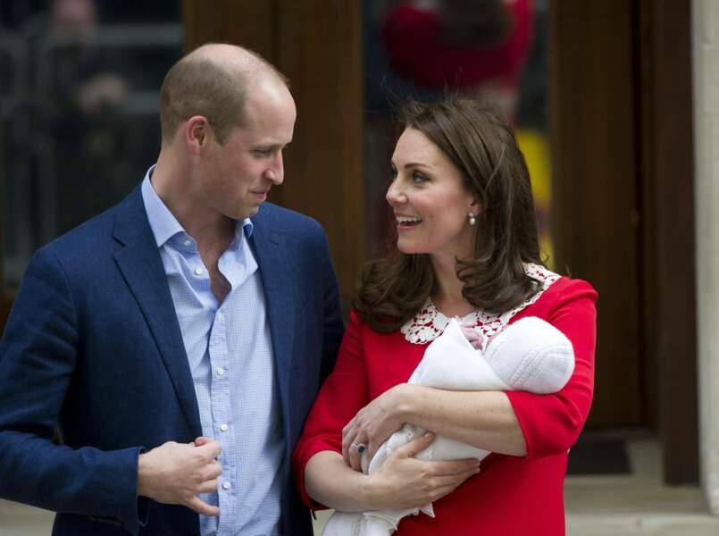 William et Kate après la naissance du prince Louis, à l'hôpital St Marys de Londres, le 23 avril 2018