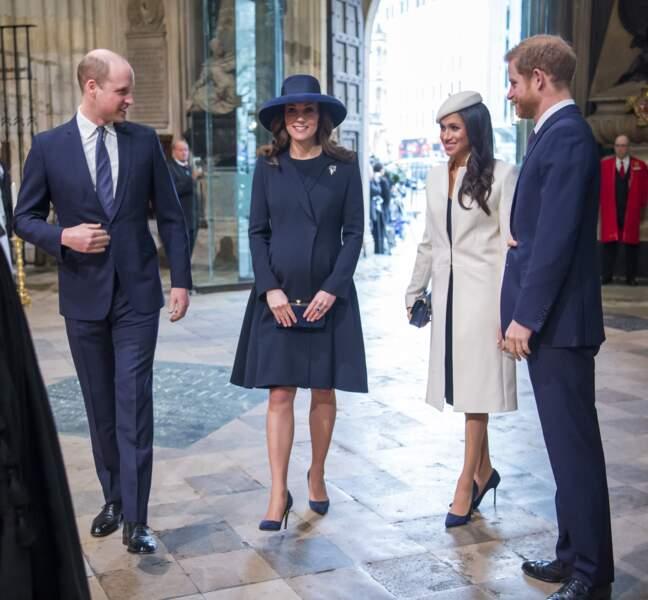 Le prince William, le prince Harry, Kate Middleton et Meghan Markle se retrouvent lors de la cérémonie du Commonwealth en l'abbaye Westminster à Londres, le 12 mars 2018.