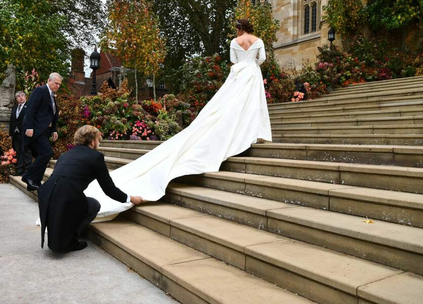 La princesse Eugenie d'York en robe Peter Pilotto lors de son mariage à Windsor, le 12 octobre 2018