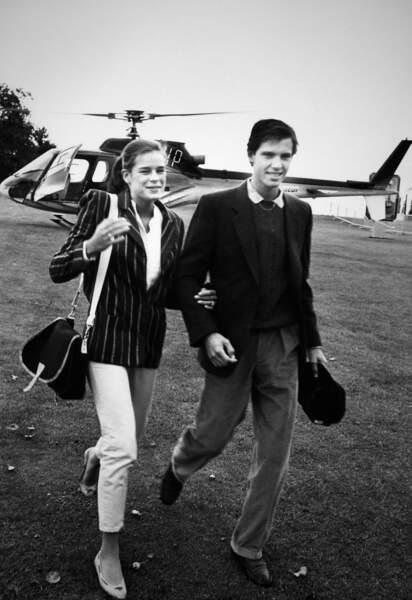 Paul Belmondo et sa compagne Stéphanie de Monaco arrivent à Saint-Nom-la-Bretèche, en 1983