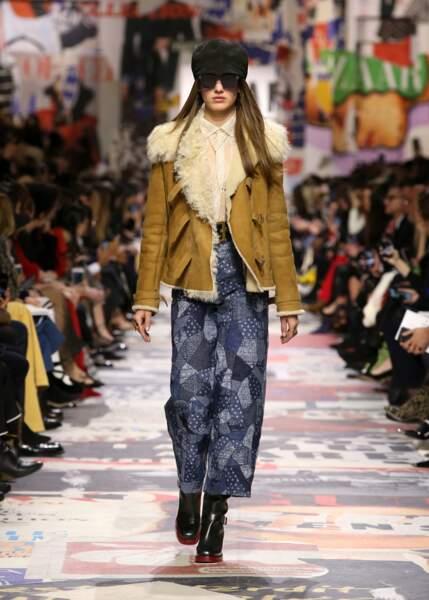 Dior travaille le jeans en patchwork pour un denim unique.