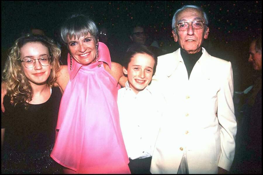 Jacques-Yves Cousteau, sa femme Francine et leurs enfants en 1992