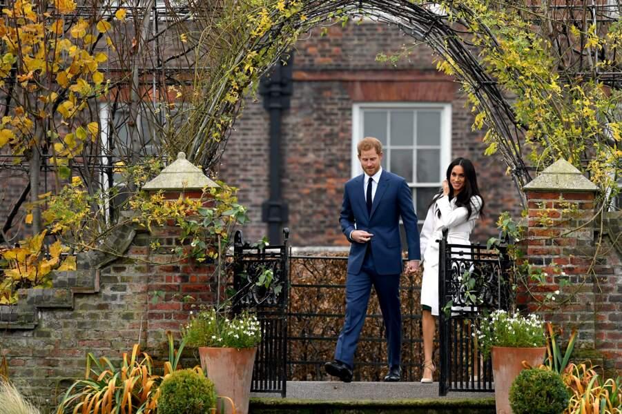 C'est encore à Kensington que Harry et Meghan ont annoncé leurs fiançailles, fin novembre 2017