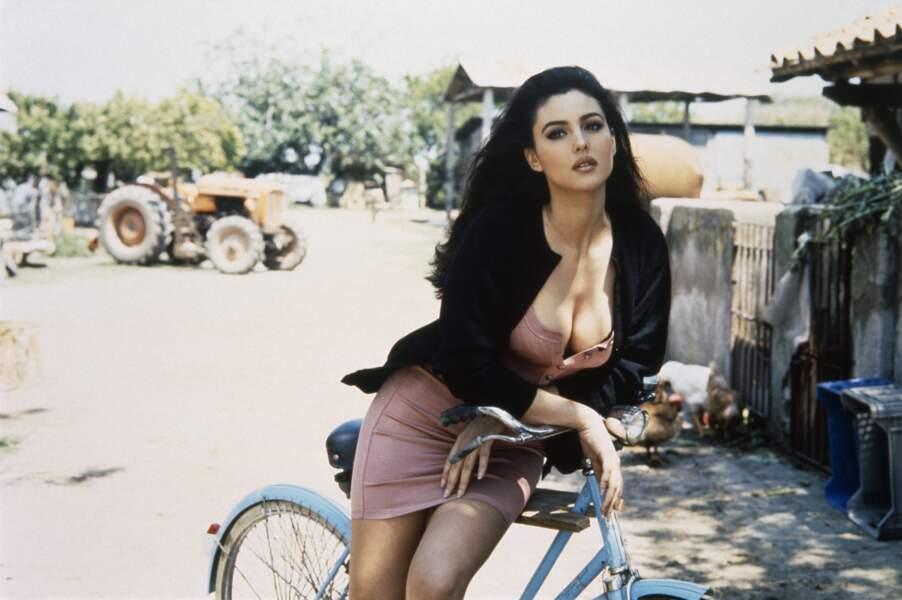 Monica Bellucci chez elle à Rome - 1991