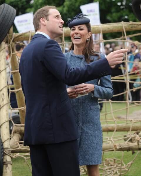 William et Kate lors d'une visite du parc Vernon à Nottingham, le 13 juin 2012