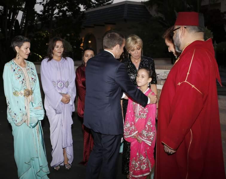 La princesse Llala Khadija (fille de Mohamed VI), lors d'une visite d'Emmanuel et Brigitte Macron à Rabat en 2017