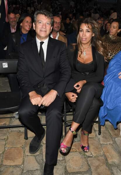 Arnaud Montebourg a été aperçu avec sa nouvelle compagne Amina Walter lors d'une soirée parisienne ce 4 septembre