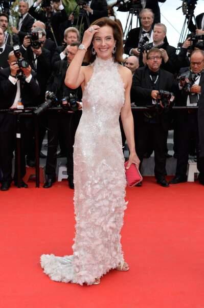 Carole Bouquet en Chanel Couture, bijoux Chanel Joaillerie.