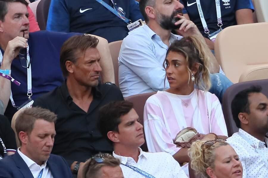 Hervé Renard et sa fille Candide Renard dans les tribunes du stade Loujniki à Moscou durant la coupe du monde