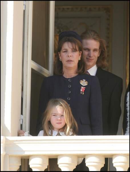 Alexandra de Hanovre, sa mère Caroline et Andrea Casiraghi lors de la fête monégasque le 19 novembre 2005