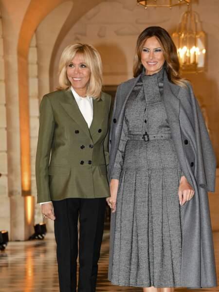 Melania Trump rend toujours honneur aux couturiers français quand elle rencontre Brigitte Macron