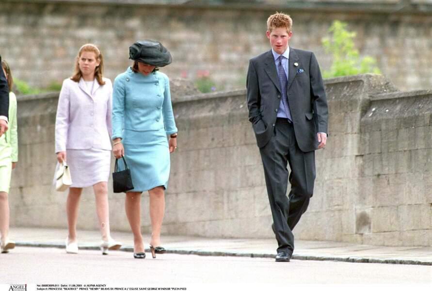 Harry et sa cousine Beatrice d'York lors des 80 ans du prince Philip d'Angleterre à Windsor, en 2001
