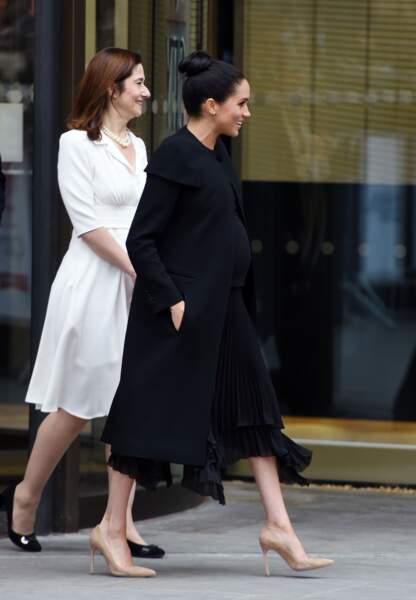 Toujours élégante, les 6 mois de grossesse de Meghan Markle n'ont pas eu raison de ses looks glamour.