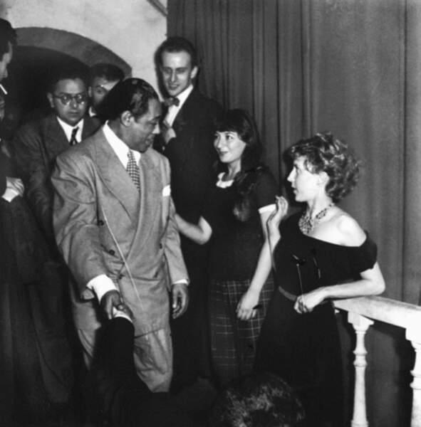 Duke Ellington, Boris Vian, Juliette Greco et Anne-Marie Cazalis au Club Saint Germain, en 1948