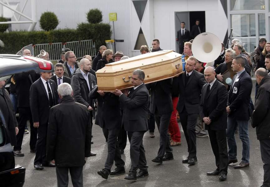 Le dessinateur est inhumé au cimetière de Pontoise
