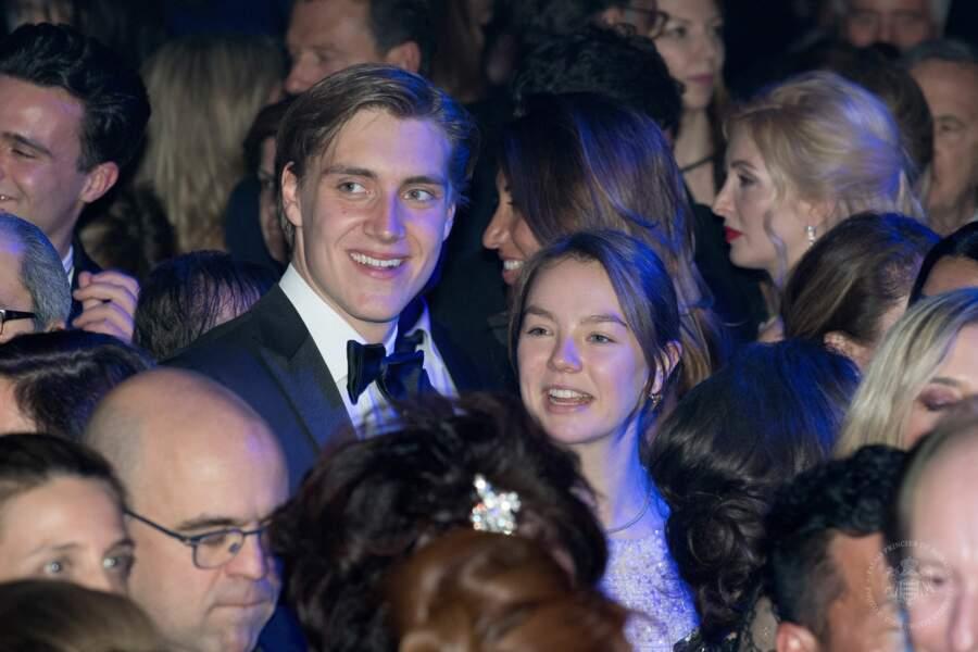 Les deux jeunes gens ont passé toute la soirée ensemble