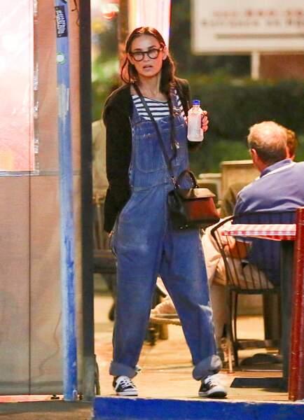 Demi Moore à la sortie d'un restaurant de Los Angeles le 18 Septembre 2016