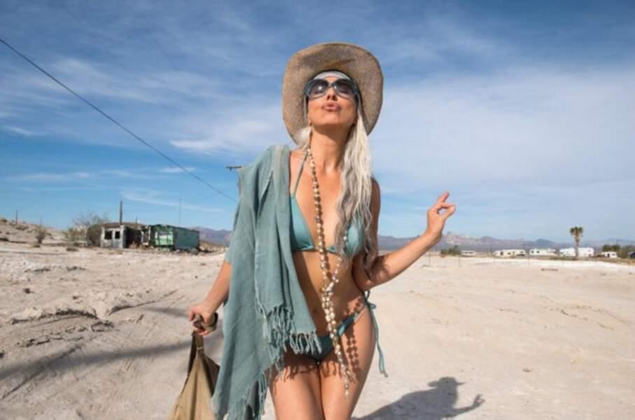 Le mannequin français Yasmina Rossi a 61 ans...