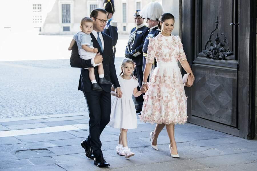 La princesse Victoria de Suède, le prince Daniel et de leurs enfants le 14 juillet 2017