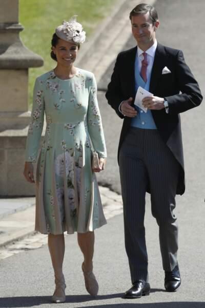 Look fleuri pour Pippa Middleton